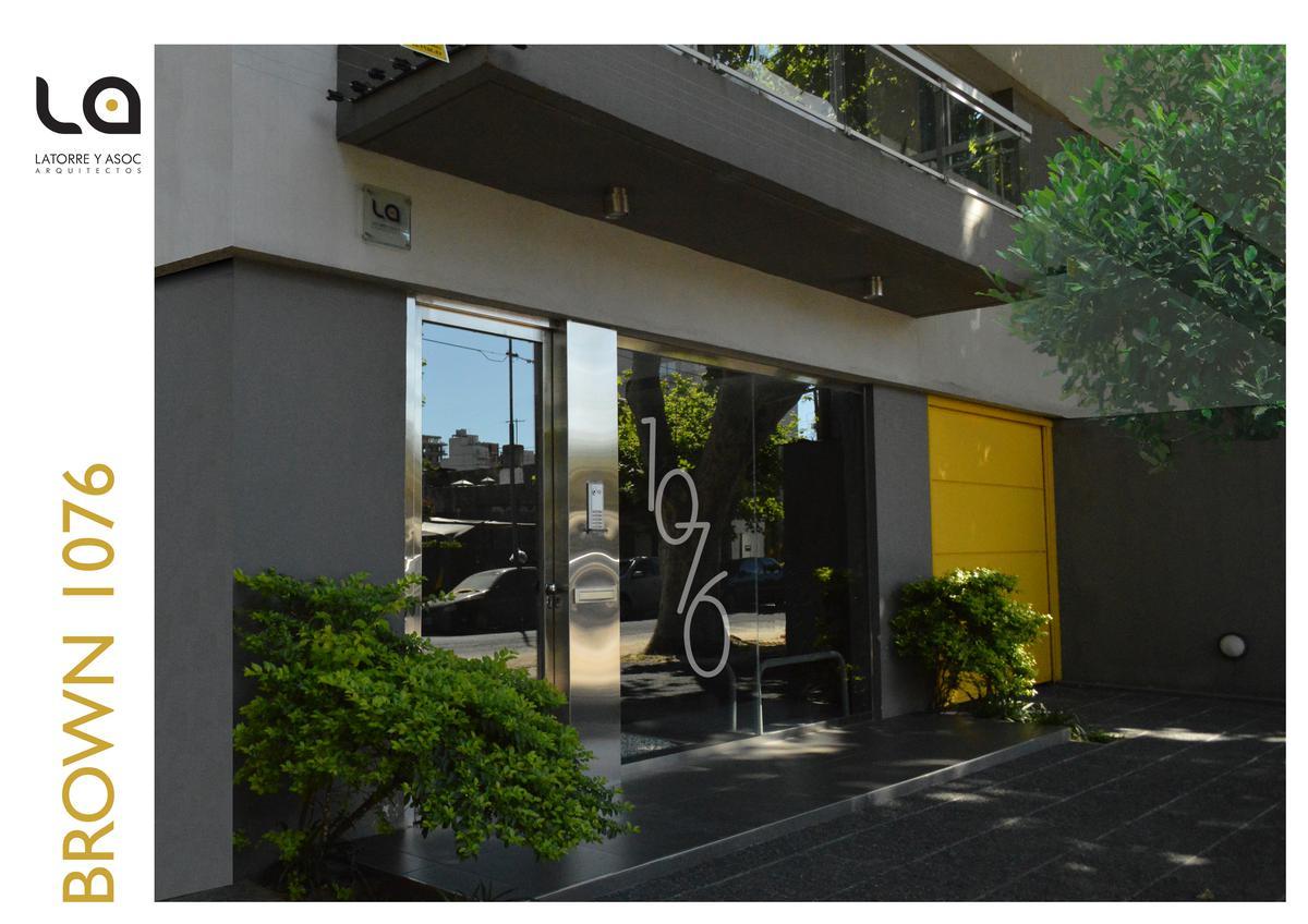 Foto Departamento en Venta en  Quilmes,  Quilmes  Brown 1076 2°