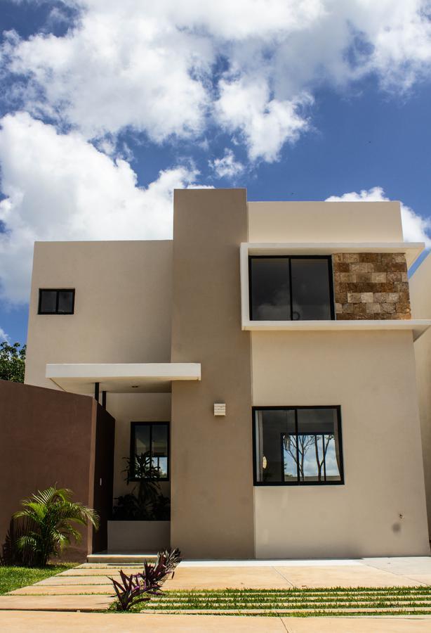 Foto Casa en Venta en  Conkal ,  Yucatán  Residencia en Privada Conkal