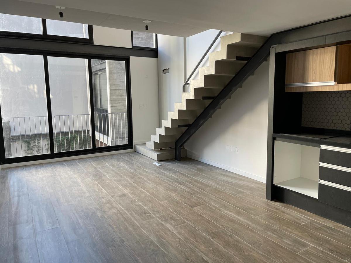 Foto Apartamento en Venta en  Punta Carretas ,  Montevideo  Loft duplex de diseño