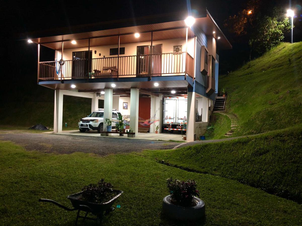 Foto Casa en Venta en  Sarchi Norte,  Valverde Vega  Sarchi Norte/Impecable/Naturaleza/ Vista/Privacidad/Zonas verdes