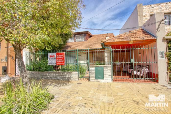 Foto Casa en Venta en  Mart.-Santa Fe/Fleming,  Martinez  CASTELLI al 1800