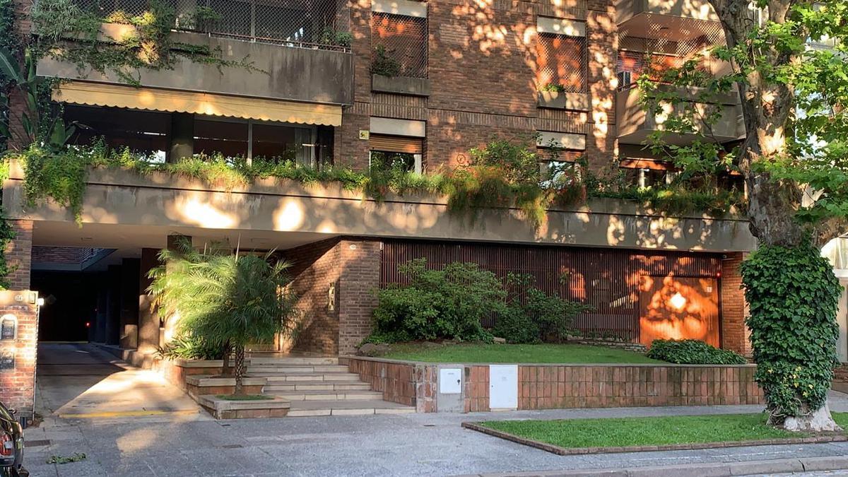 Foto Departamento en Venta en  Belgrano ,  Capital Federal  Naon al 1800