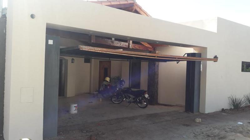 Foto Casa en Alquiler en  Luque ,  Central  Luque zona Centro