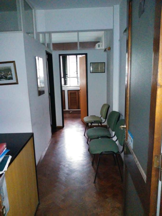 Foto Oficina en Venta en  Macrocentro,  Rosario  rioja al 1200