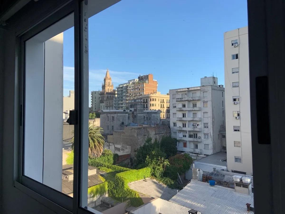 Foto Apartamento en Alquiler en  Cordón ,  Montevideo  Colonia y Tristan Narvaja  - 1  Dorm