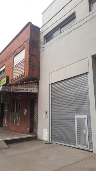 Foto Local en Alquiler en  San Miguel De Tucumán,  Capital  Av. Juan B Justo N° al 1200
