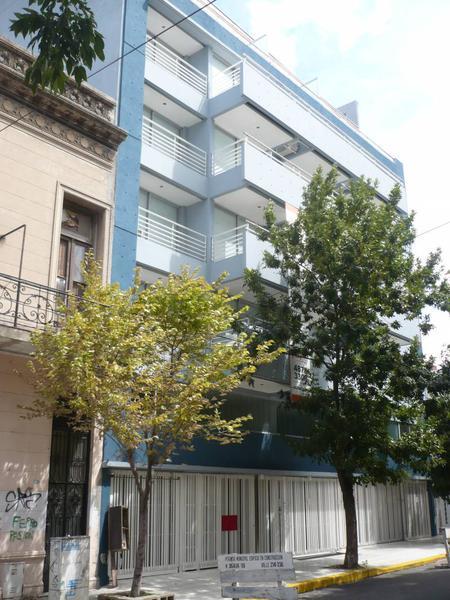 Foto Departamento en Venta en  Caballito ,  Capital Federal  Valle al 200