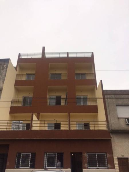 Foto Departamento en Venta en  Avellaneda,  Avellaneda  colon 510 1
