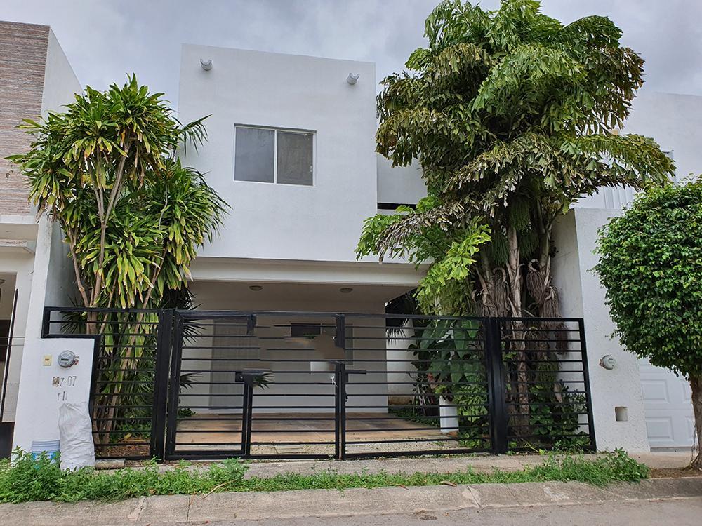 Foto Casa en Renta en  Supermanzana 312,  Cancún  CASA EN RENTA EN CANCUN EN RESIDENCIAL ISLA AZUL