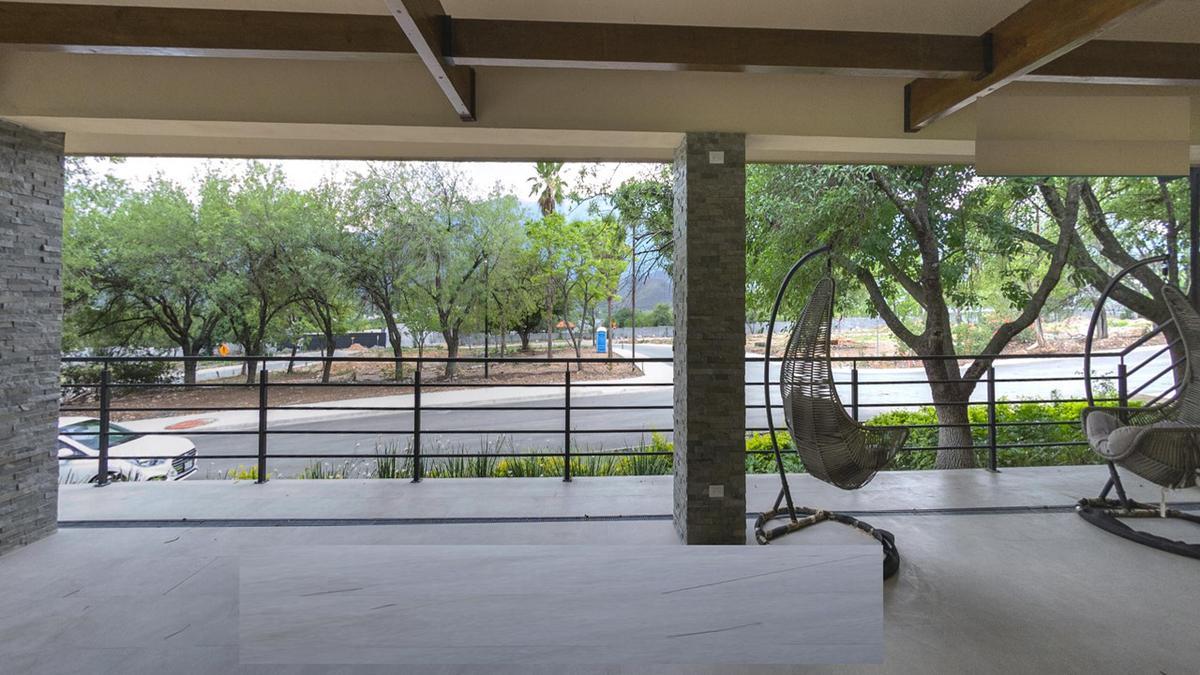 Foto Terreno en Venta en  Los Cristales,  Monterrey  LOS CRISTALES CARRETERA NACIONAL MONTERREY N L