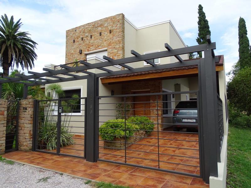 Foto Casa en Venta en  Colonia del Sacramento ,  Colonia  Vilamajó esq. Manton