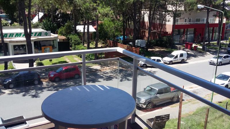 Foto Departamento en Venta en  Pinamar ,  Costa Atlantica  Calle Constitución 1810 2A