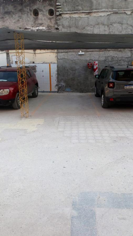 Foto Cochera en Alquiler en  Zona Norte,  San Miguel De Tucumán  Laprida 642