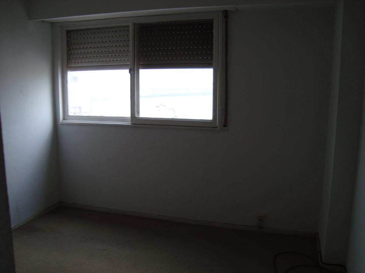Foto Departamento en Venta en  Rosario,  Rosario  1 dormitorio - Vista al río - Piso 16 - Parque España -Mitre 348