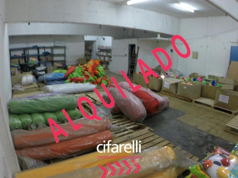 Foto Local en Alquiler en  Chacarita ,  Capital Federal  Zabala al 3900