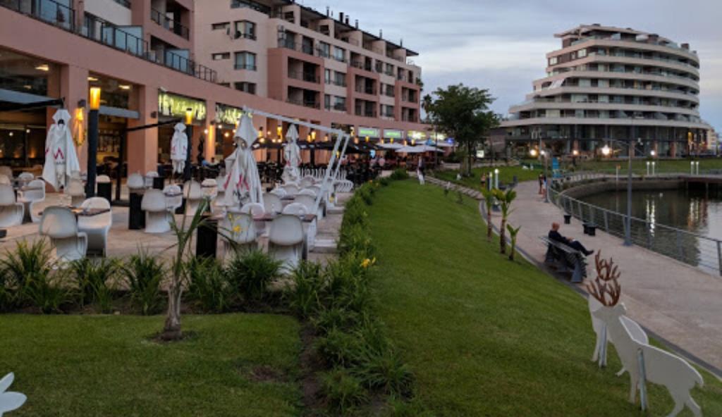 Foto Local en Venta en  Rincon de Milberg,  Tigre  Local con Renta en VENTA.  En Bahia Grande, Nordelta