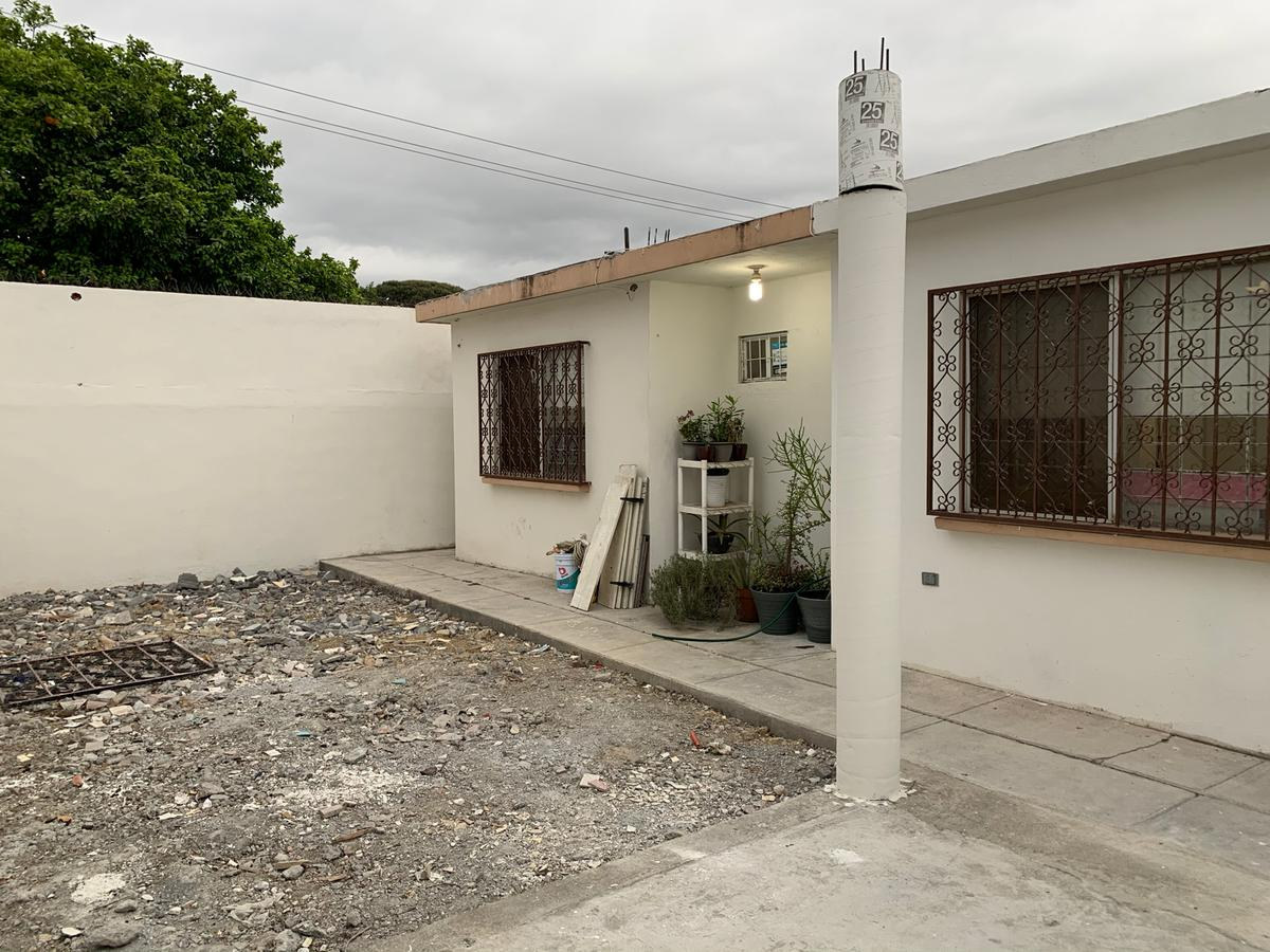 Foto Casa en Venta en  Monterrey ,  Nuevo León  VENTA CASA  UNA PLANTA COL. PRIMAVERA  CONTRY MONTERREY SUR