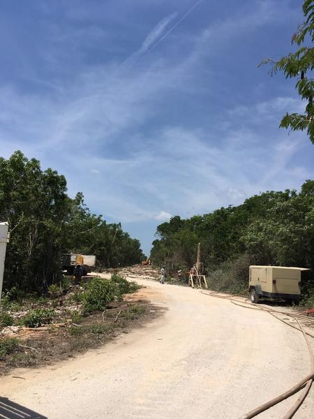 Foto Terreno en Venta en  Solidaridad ,  Quintana Roo  Terreno Playa del Carmen