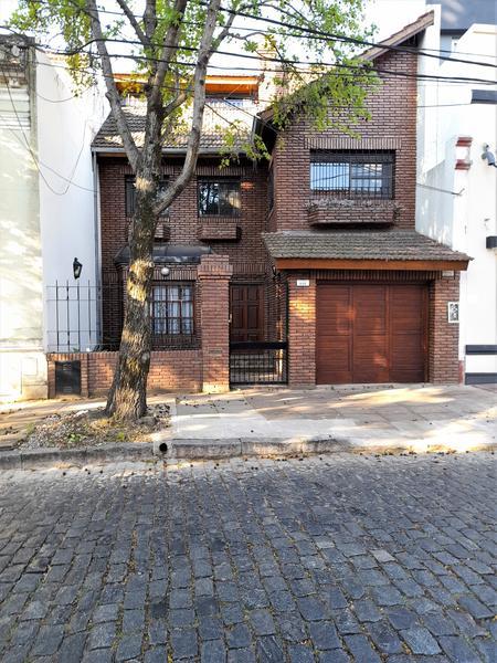 Foto Casa en Alquiler temporario en  S.Isi.-Centro,  San Isidro  Acassuso al 600