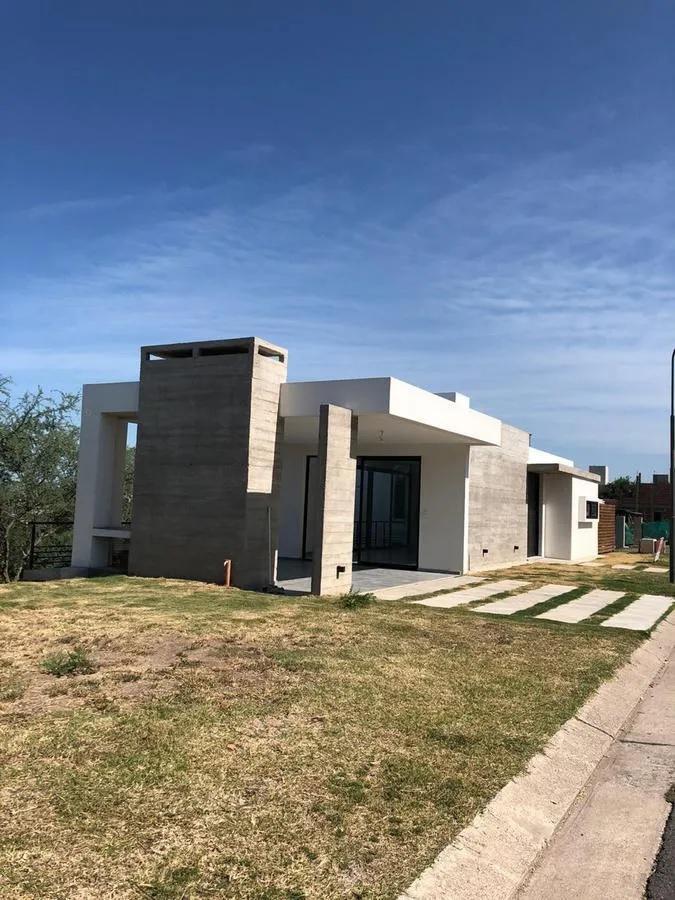 Foto Casa en Venta en  Las Cañitas Barrio Privado,  Malagueño  Manzana 34 lote 01