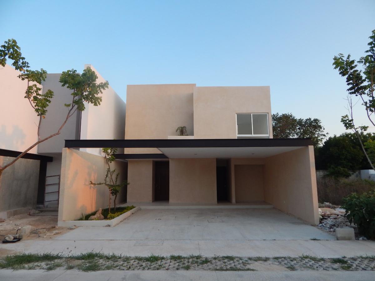 Foto Casa en Venta en  Pueblo Temozon Norte,  Mérida  Casa en venta en Merida, privada residencial en Temozon norte