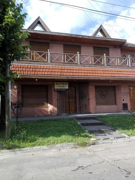 Foto Casa en Venta en  Lomas de Zamora Oeste,  Lomas De Zamora  CASEROS 287