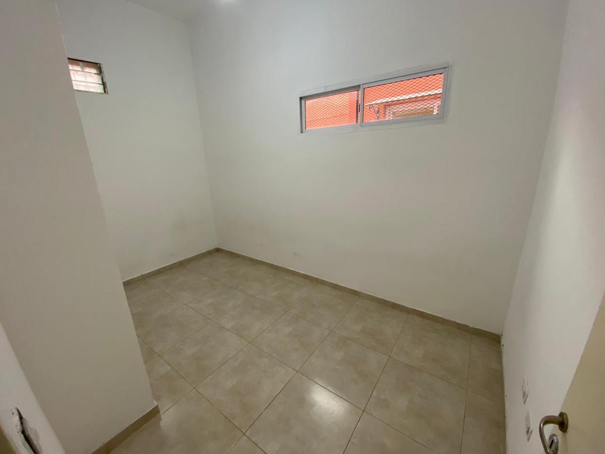 Foto PH en Alquiler en  Villa Dominico,  Avellaneda  BISMARK al 500