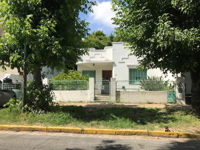 Foto Terreno en Venta en  Lomas de Zamora Este,  Lomas De Zamora  PEDERNERA 151