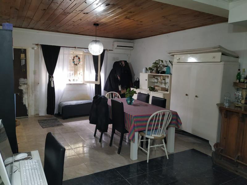Foto Casa en Venta en  Lomas De Zamora,  Lomas De Zamora  RODRIGUEZ PEÑA 859