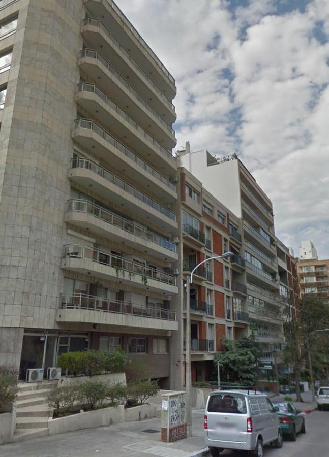 Foto Apartamento en Alquiler en  Pocitos ,  Montevideo  A METROS DEL MAR!!! Juan Maria Perez y Benito Blanco! IMPECABLE!!