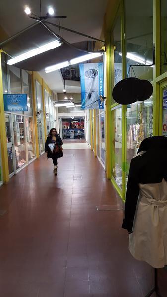 Foto Local en Alquiler en  Almirante Brown ,  G.B.A. Zona Sur  E. ADROGUE 1151, local 5