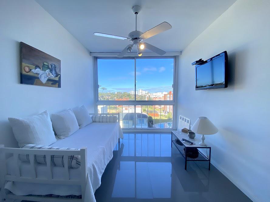 Foto Apartamento en Venta en  Playa Mansa,  Punta del Este  El Grillo
