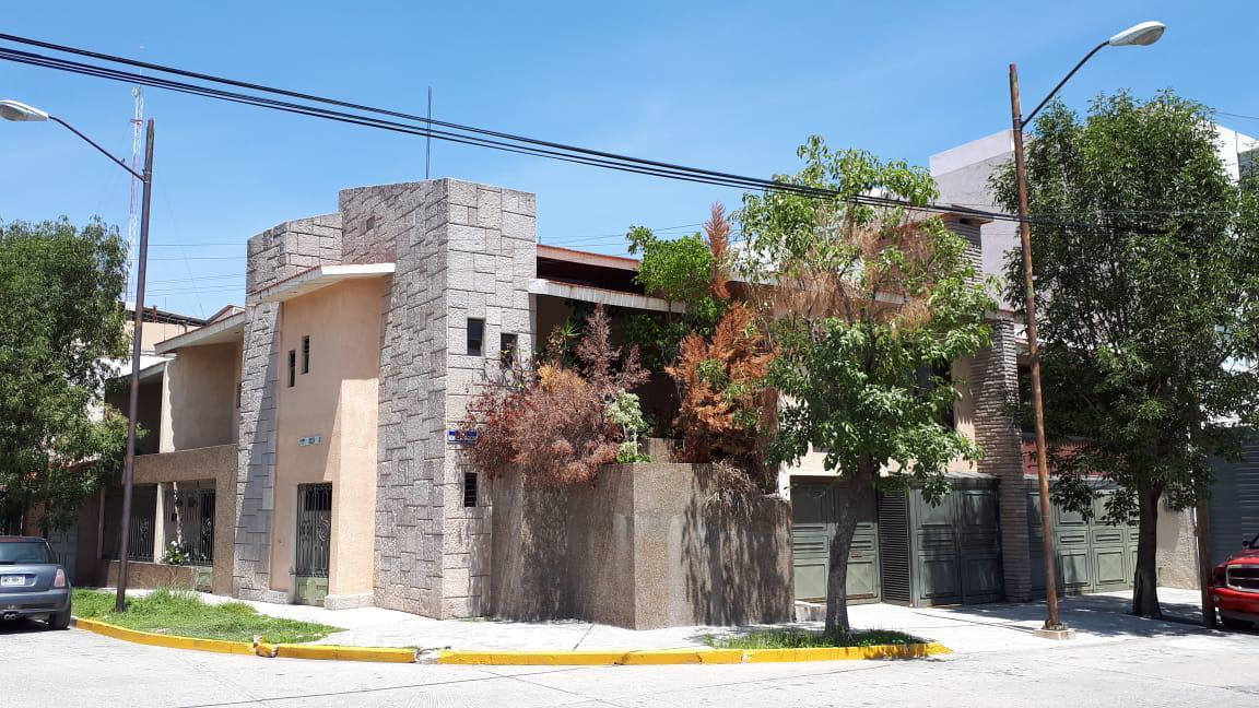Foto Casa en Venta en  Lomas 2da Secc,  San Luis Potosí  CASA EN VENTA EN LOMAS 2ª SECC, SAN LUIS POTOSI