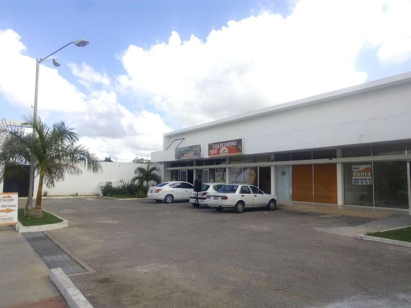 Foto Local en Renta en  Leandro Valle,  Mérida  Local de 83.16 m2 (a doble altura) en Avenida Leandro Valle