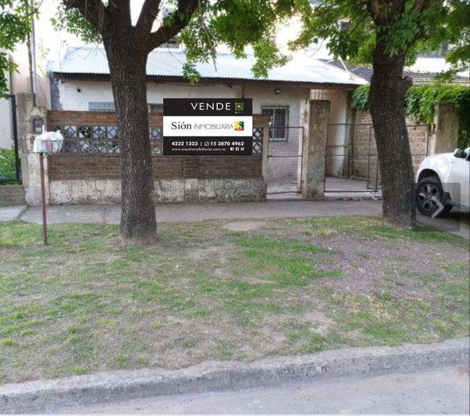 Foto Casa en Venta en  Jose Marmol,  Almirante Brown  Rosales 2855