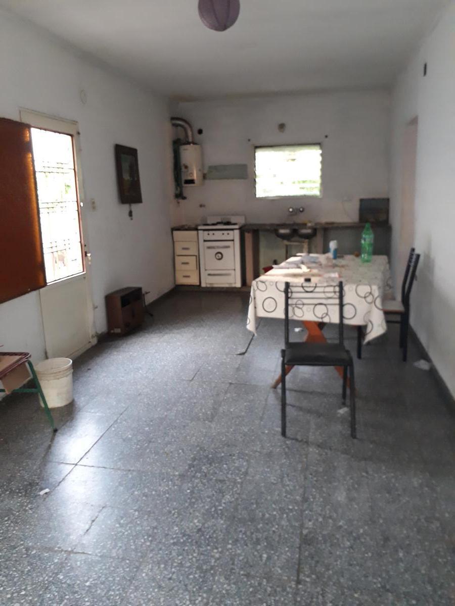 Foto Casa en Venta en  Los Hornos,  La Plata  Calle 62 y 134