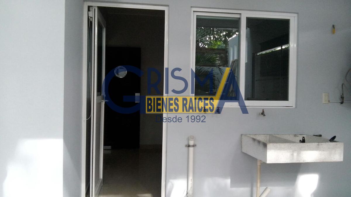 Foto Casa en Renta en  Adolfo Ruiz Cortines,  Tuxpan  CASA AMUEBLADA Y EQUIPADA COL. RUIZ CORTINES