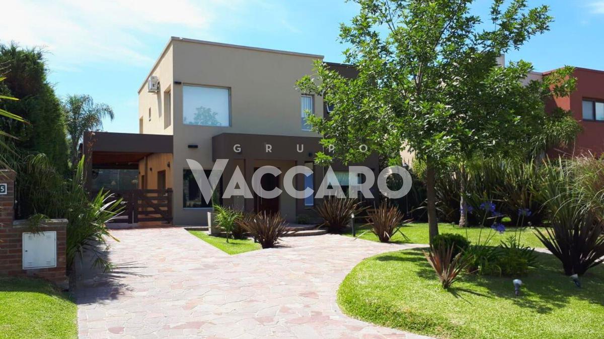 Foto Casa en Venta en Atahualpa 05, Moreno | Countries/B.Cerrado (Moreno) | Haras Maria Victoria