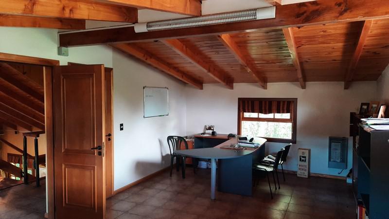 Foto Oficina en Venta en  Las Marías,  San Carlos De Bariloche  Barrio Las Marías