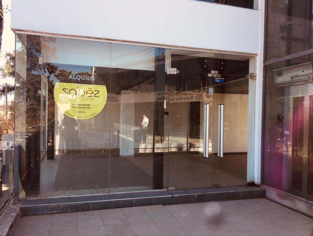 Foto Local en Alquiler en  Barrio Centro,  Villa Allende  VILLA ALLENDE - LOCAL COMERCIAL FRENTE POLIDEPORTIVO