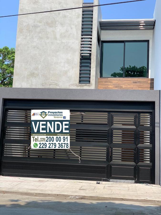 Foto Casa en Venta en  Ejido Primero de Mayo Norte,  Boca del Río  CASA EN VENTA COLONIA EJIDO PRIMERO DE MAYO NORTE BOCA DEL RIO VERCRUZ