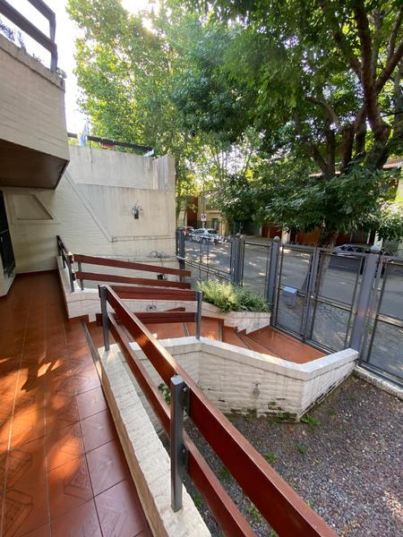 Foto Casa en Venta en  Vicente López ,  G.B.A. Zona Norte  Lavalle al 1200