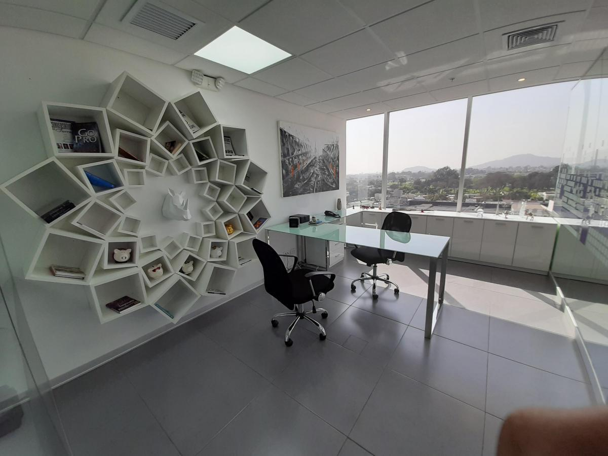 Foto Oficina en Alquiler en  Santiago de Surco,  Lima  Avenida Circunvalación del Golf Los Inkas