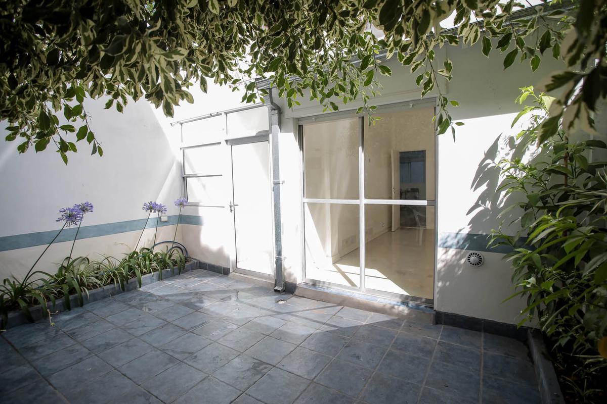 Foto Departamento en Venta en  Belgrano R,  Belgrano  Echeverria al 3600