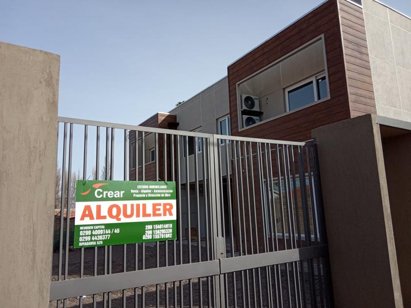 Foto Casa en Alquiler en  Capital ,  Neuquen  FIGUEROA Y DEWEY