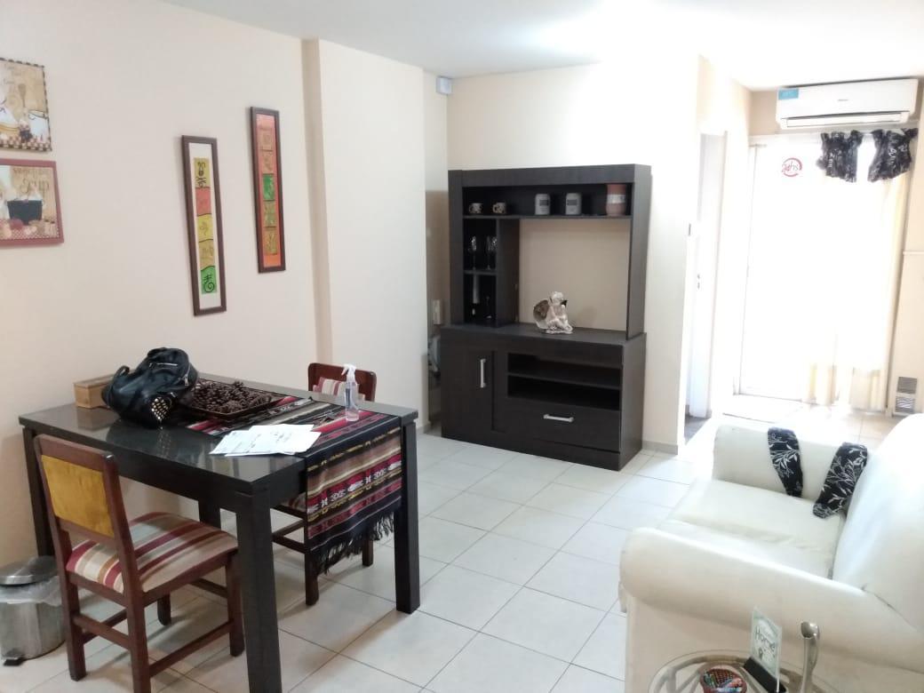 Foto Departamento en Alquiler en  Alberdi,  Cordoba  Impecable - Zona Tribunales - Depto 1 dorm - Balcón