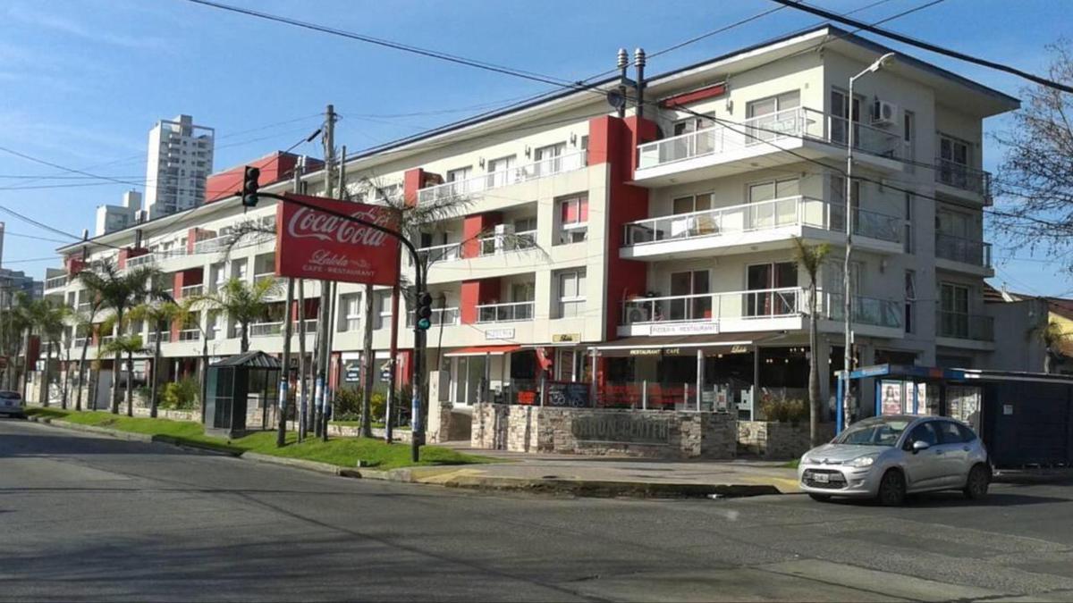 Foto Cochera en Venta en  Lomas de Zamora Oeste,  Lomas De Zamora  Colombres y Piaggio