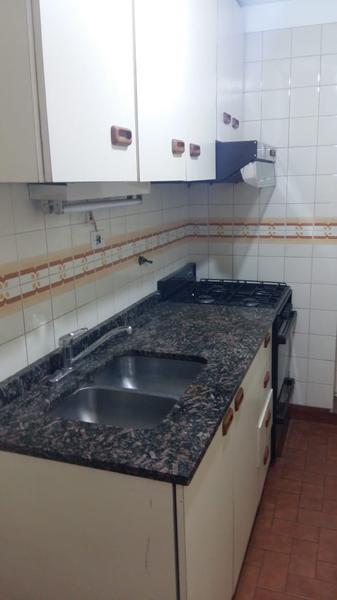 Foto Departamento en Alquiler en  Lomas de Zamora Oeste,  Lomas De Zamora  Gorriti al 163