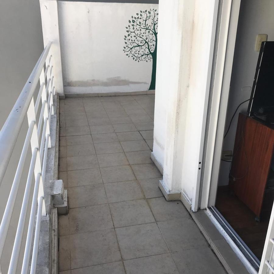 Foto Departamento en Venta en  Centro Oeste,  Rosario  Departamento 1 dormitorio - España 1484 07 01