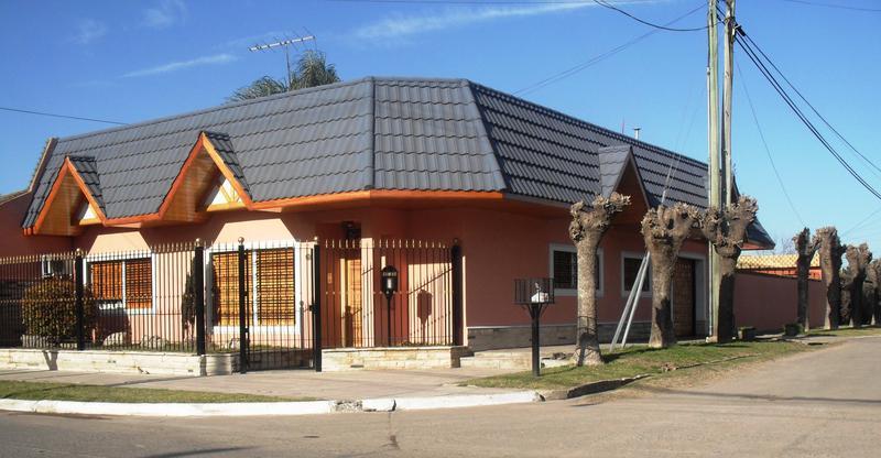 Foto Casa en Venta en  Jose Clemente Paz ,  G.B.A. Zona Norte  Gelly y Obes al 4300